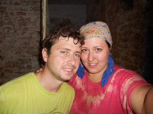 Sehnali jsme nějaký párek Ukrajinců. Jsou levní, ale vybíraví. Pracují za Eiskaffee, Birella, Radlera a Kavenky... :-)