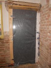 zatepleno na zimu, Honzíkovi staré dveře z dětského pokoje