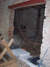 Schne beton s prvním odpadem do koupelny a na WC.