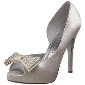 Hledám fialové boty s nízkým podpatkem - Obrázek č. 5