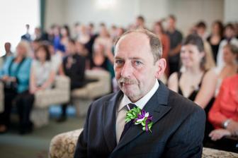 dojatý tatínek ženicha :-)