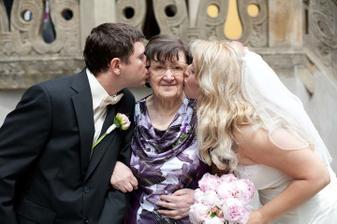 babička ženicha