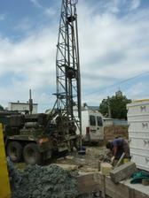 vrtame saciu studnu pre tepelne cerpadlo...