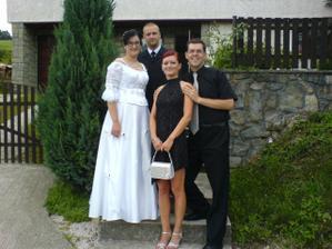 Vyskúšali sme si to na svadbe Števkovej sestry Ninky.