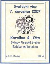 vlastnoruční návrh i výroba etiketky na naše svatební vínka.....
