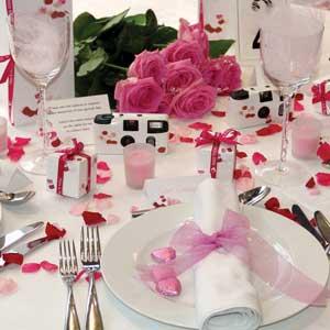 Svatební tabule + svatební účesy - inspirace - úžasná růžová tabule