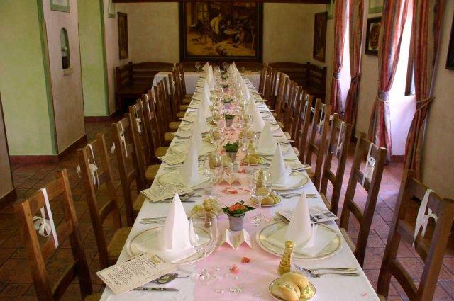 Svatební tabule + svatební účesy - inspirace - Aranžmá s použitím růžového vlizelínku...