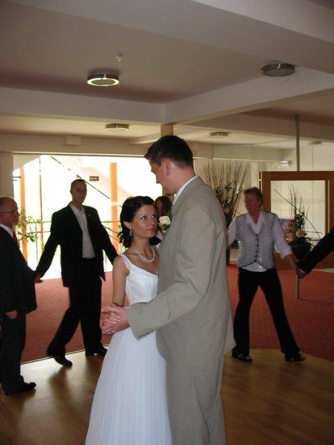 Zdenka Homolová{{_AND_}}David Kalců - 1. novomanželský tanec