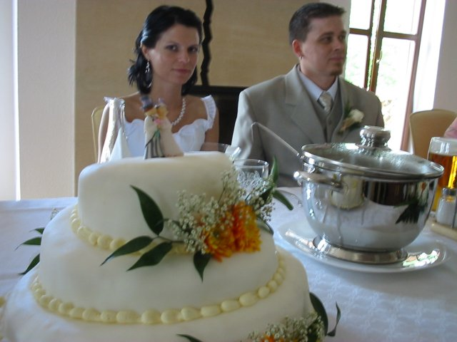 Zdenka Homolová{{_AND_}}David Kalců - s dortem