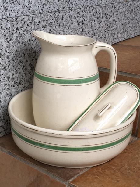 Toaletna suprava starozitna - Obrázok č. 1