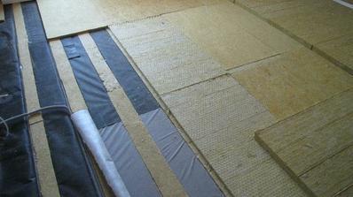 izolujeme podlahy na poschodí...