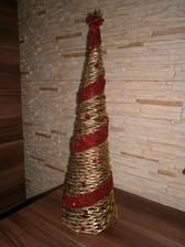 stromček pletený z papiera