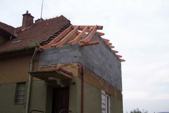 a jde se na střechu