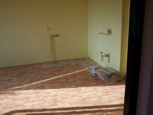Kuchyň po babičce po naší rekonstrukci - 4/2007