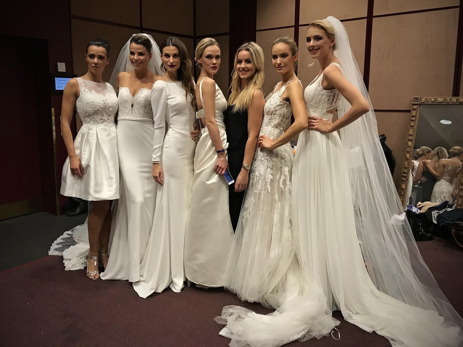 Slovenští modelové v akci v oblecích Wilvorst z NUANCE. - Pronovias a Rosa Clará se kupuje v NUANCI