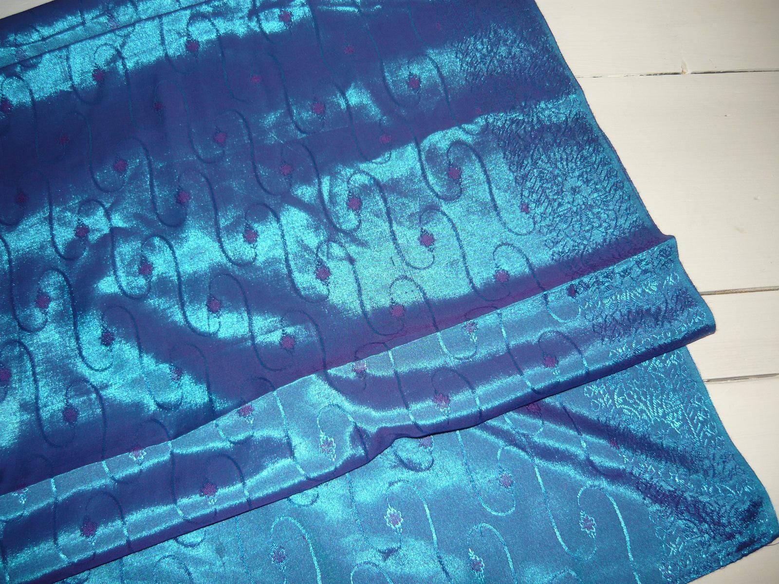 Lesklý modrý obrus  90 x 247 cm - Obrázok č. 1