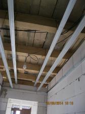 A už se začínají stropy (o=