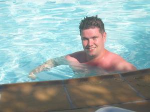 Bazének u hotelu.