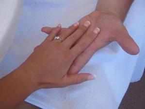 <3 4.9. 2011 <3 <3 jsem byla požádána o ruku na pláži.