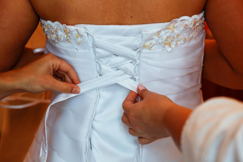 Svadobné šaty s krajkou - Obrázok č. 2
