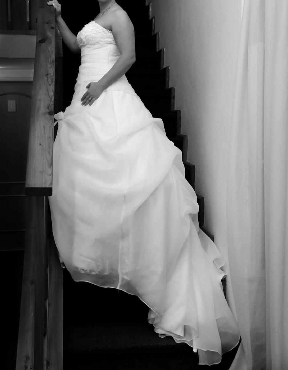 Svadobné šaty s krajkou - Obrázok č. 3