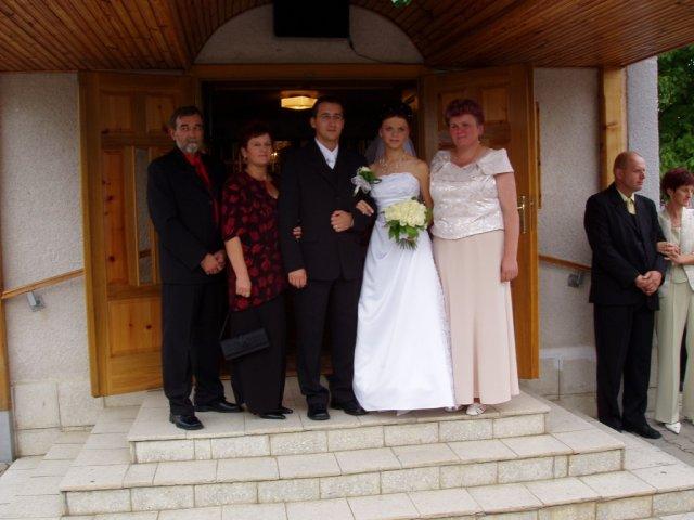 Ivana{{_AND_}}Martin - mladí s rodičmi