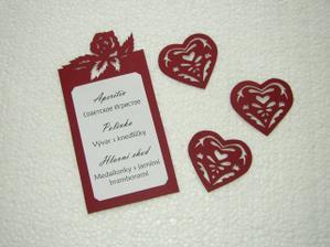 menu a ozdoba čela stolu (srdce)