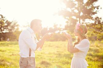 a hlavne nejaké pekné fotky so slniečkom,, kedže sme mali počas svadobného dna zamračené