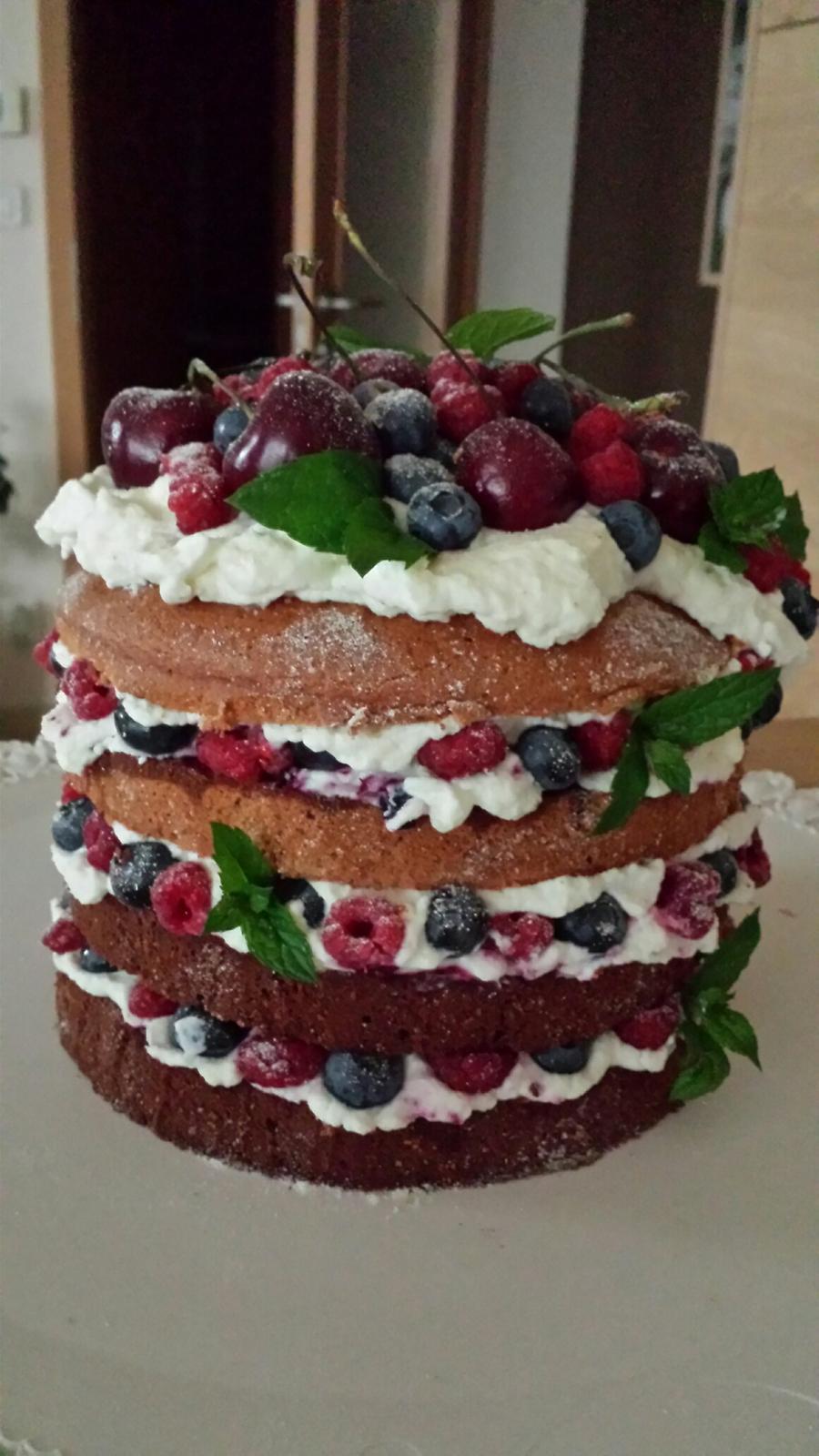 Home made dorty - Přišlo mi škoda dělat z toho čerstvého ovoce marmeládu... :-D