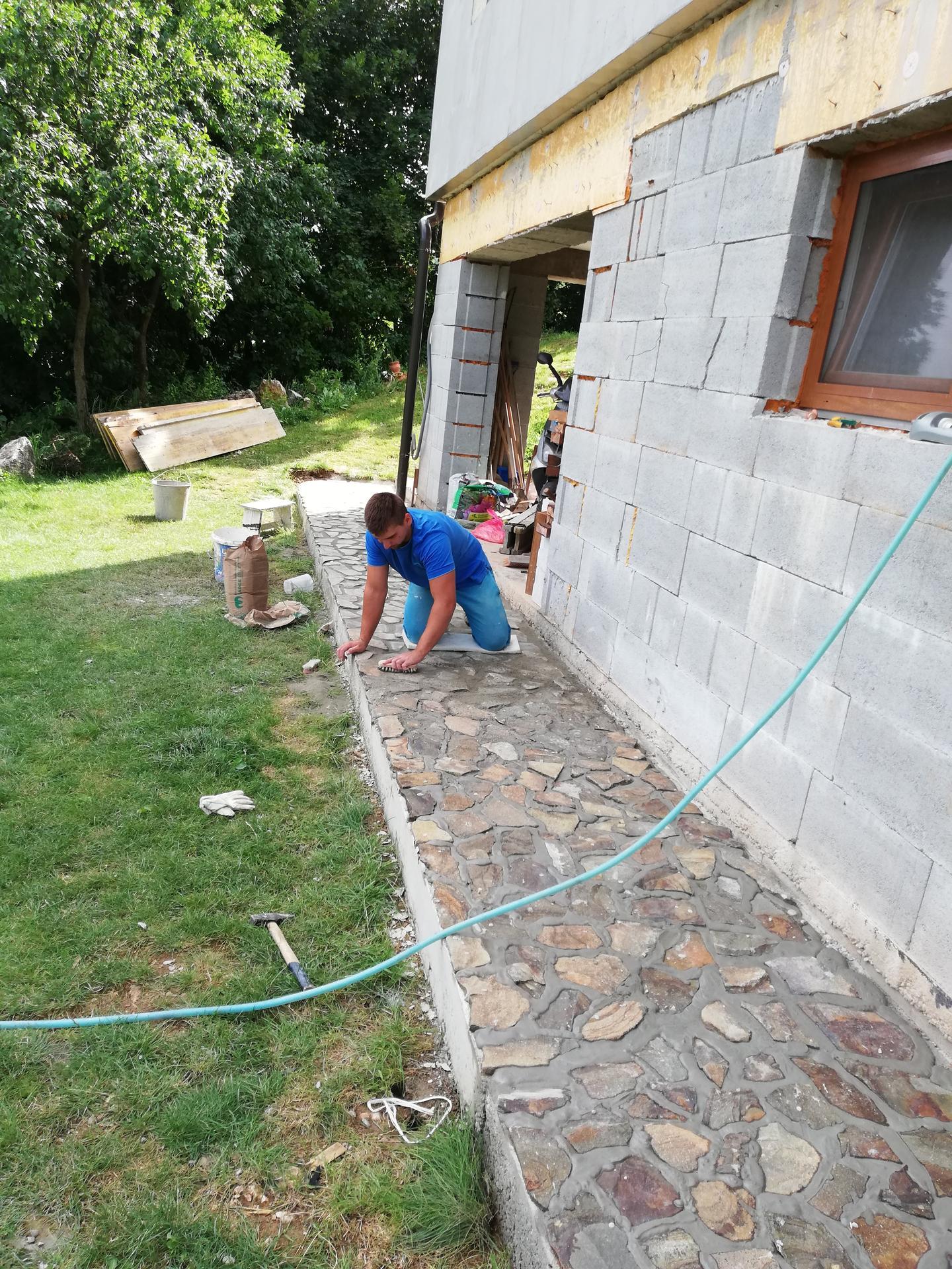 Práce okolo domu a v dome 2020 - Obrázok č. 7