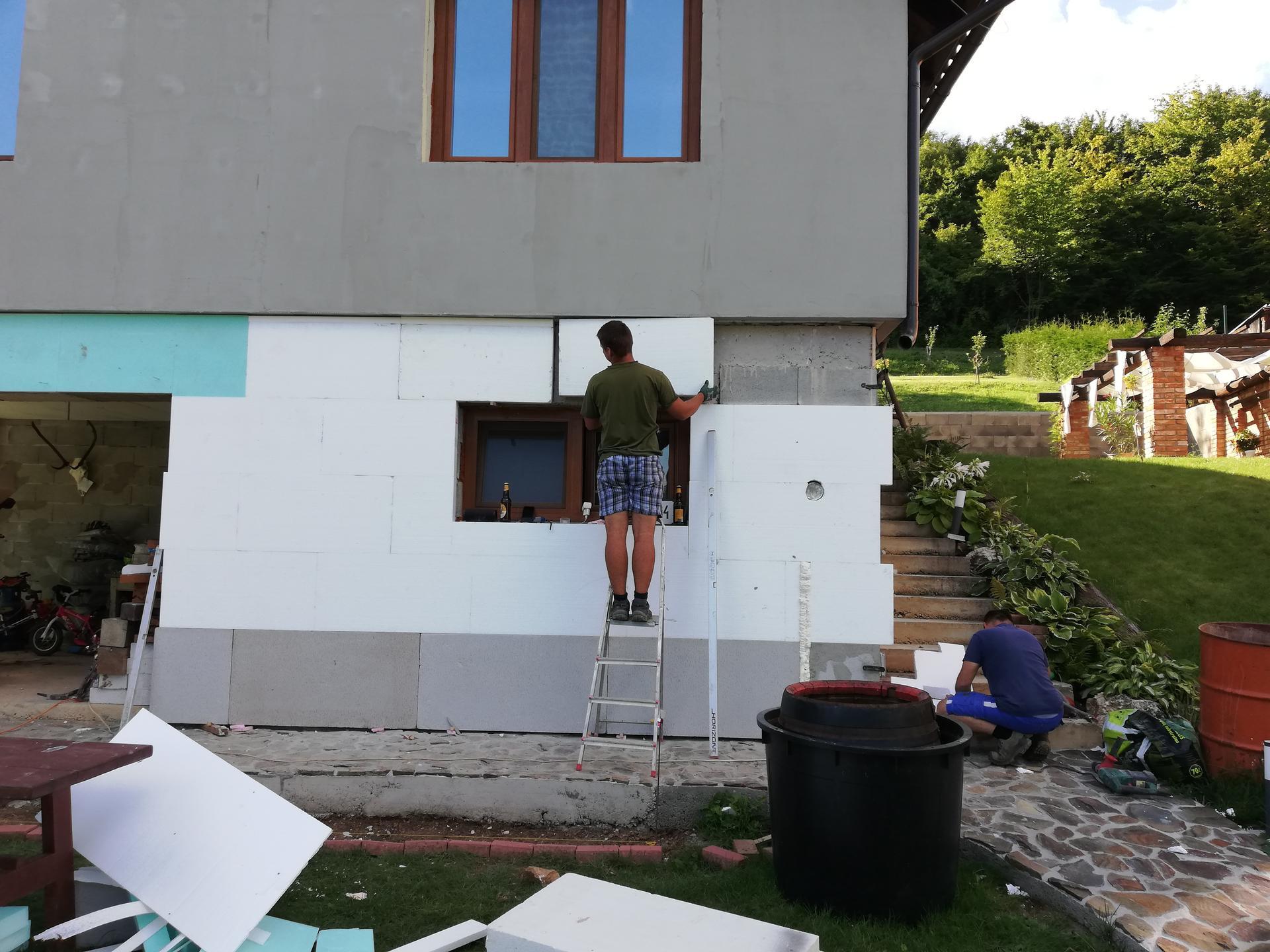 Práce okolo domu a v dome 2020 - Obrázok č. 57