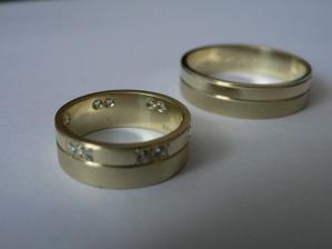 a naše prstýnky