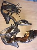Šnurovacie Goerge sandálky metalické zlaté, 38