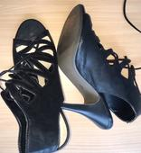 Šnurovacie sandále z Paríža s detailom na podrážke, 40
