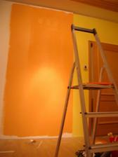 a zbytek pokoje do oranžova