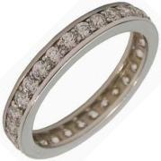 já budu mít prsten zvlášť  z bílého zlata, tenhle se mi líbí, ale kamínky po celé délce jsou nevýhoda, nejde pak měnit velikost, ale zkoušela jsem a na ruce je nádherný
