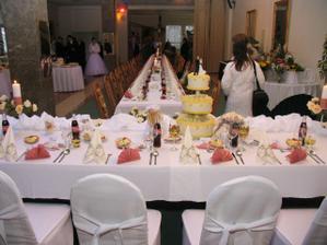 náš stolík