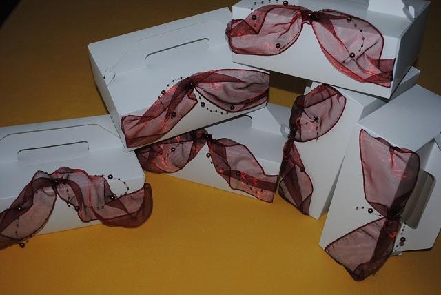 Moje poklady :-) - moje vytuningované krabice na sladkú výslužku :-)