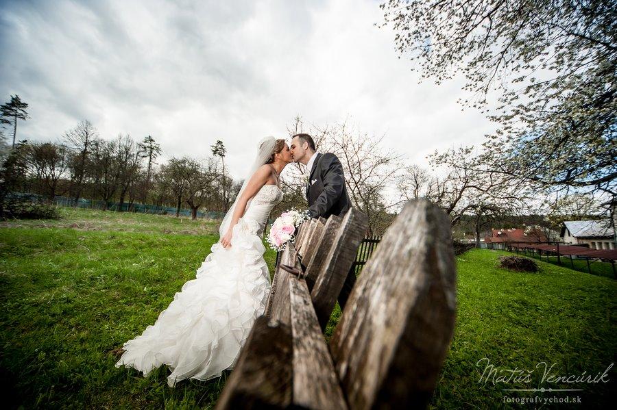 Inšpirácie pre svadobné fotenie v prírode - Obrázok č. 43