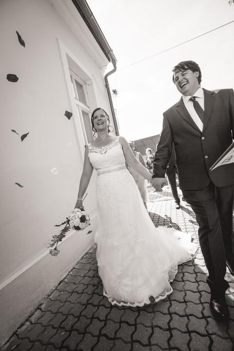 Svadobné šaty neviest z MS - @librarian