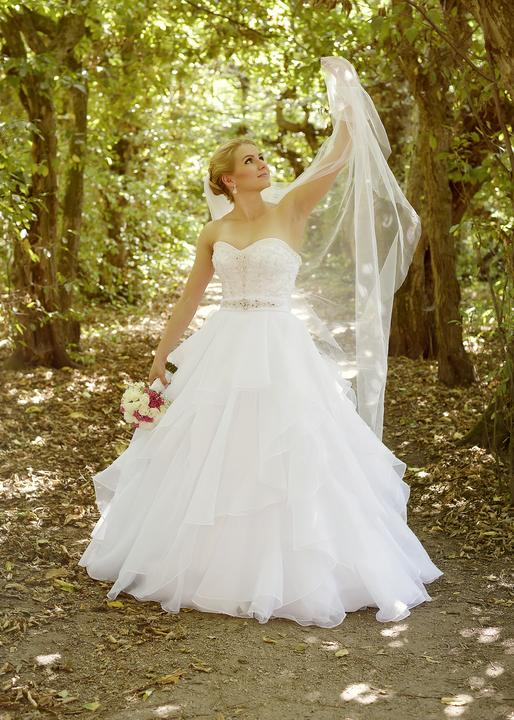 Svadobné šaty neviest z MS - @moncicatko10