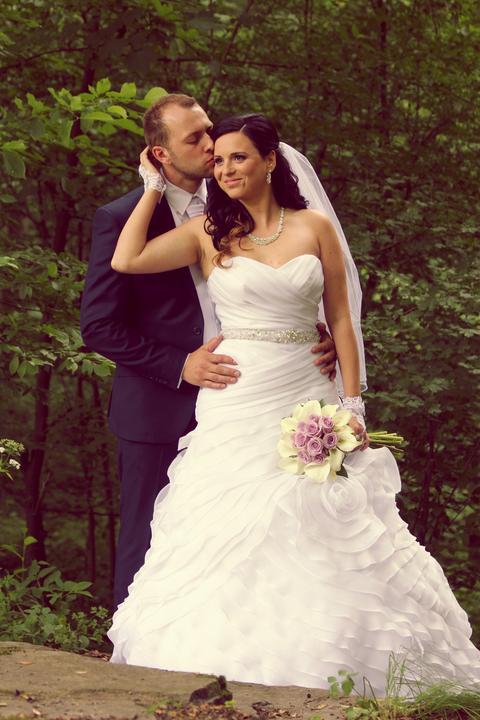 Svadobné šaty neviest z MS - @anetakurtyova