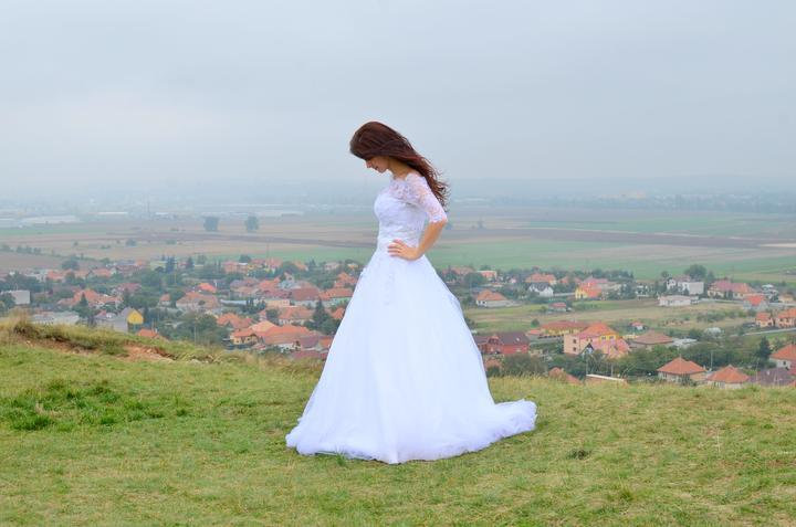Svadobné šaty neviest z MS - @paulinkamiskova