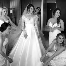 tieto šaty sú dokonalosť!!! škoda, že som ich nevidela pred mojou svadbou...
