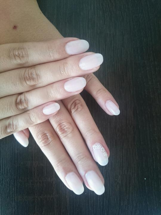 Svadobné manikúry neviest z MS - @jasminenka - Nechty: Henrieta Servátka Ivanová, Obchodná 545/9 Bratislava