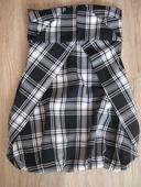 Společenské šaty, M