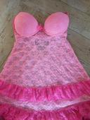 růžová košilka, 36