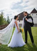 Jednovrstvý svatební závoj,