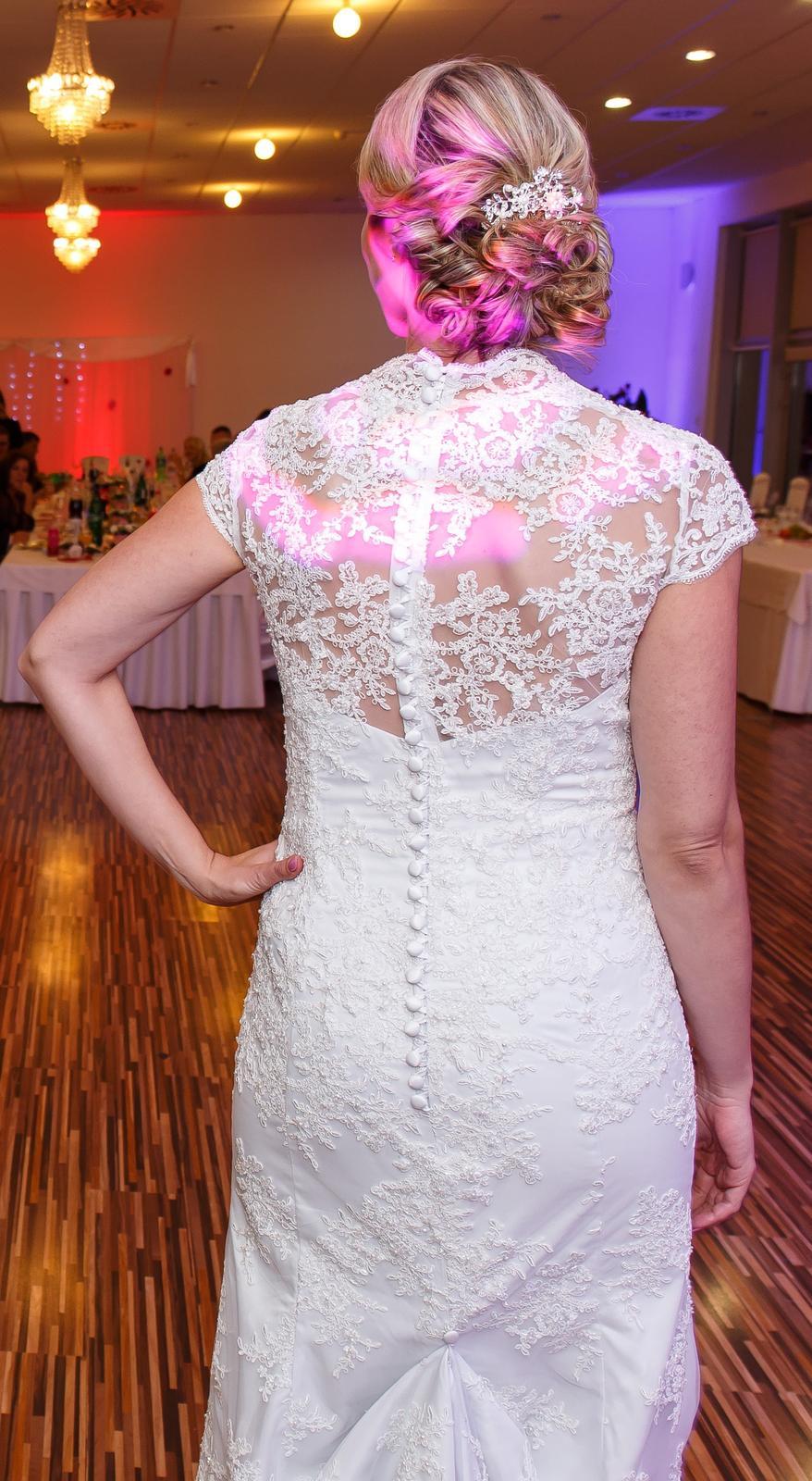 Svadobné šaty čipkované veľkosť 40-42 - Obrázok č. 3