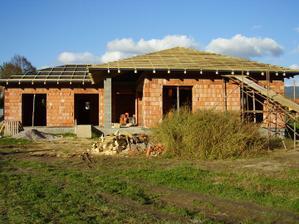črtá sa pomaly strecha 4.10.2010